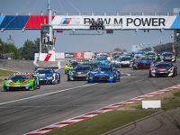Micro Reality Racing: Vad är all spänning kring Micro Reality Stock Car Racing?